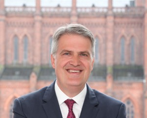 Dr. Martin Mencke